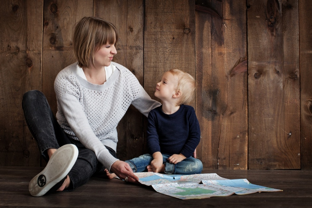 local preschool - mother and child with map - get ready set grow